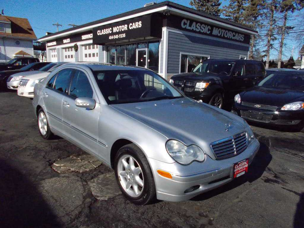 Mercedes-Benz C-Class 2002 $6990.00 incacar.com