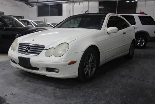 Mercedes-Benz C-Class 2002 $3490.00 incacar.com