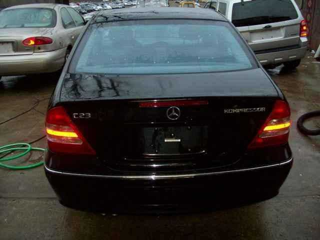 Mercedes-Benz C-Class 2003 $4995.00 incacar.com