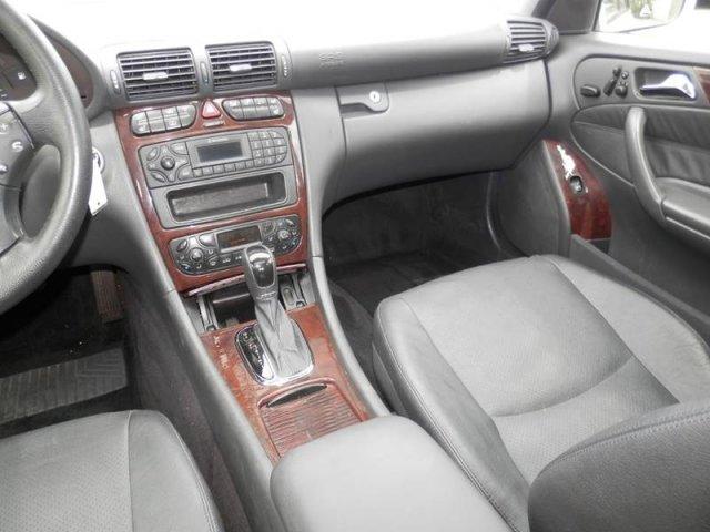 Mercedes-Benz C-Class 2003 $4500.00 incacar.com