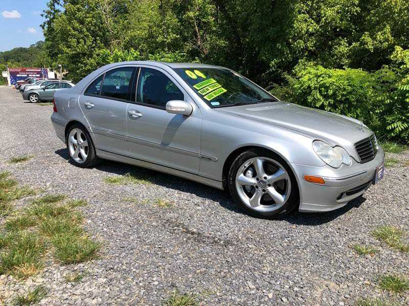 Mercedes-Benz C-Class 2004 $4950.00 incacar.com