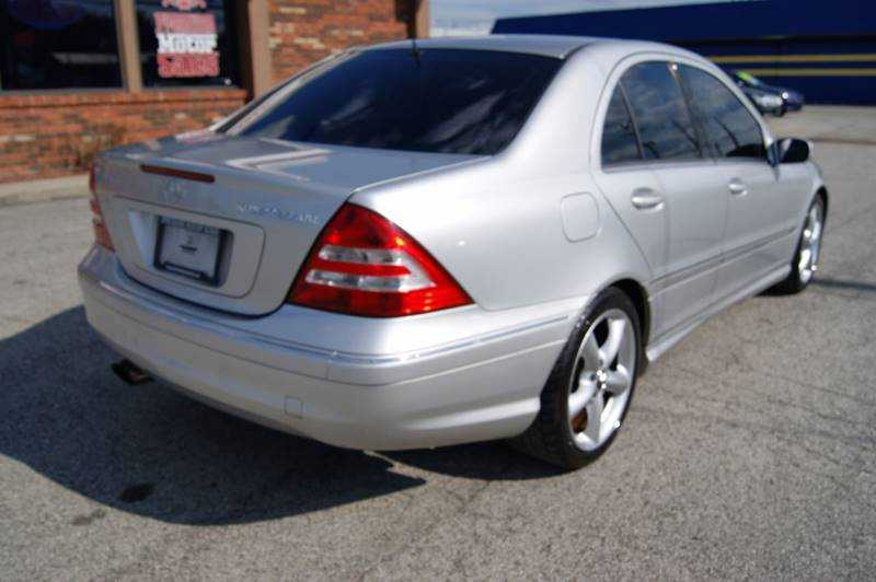 Mercedes-Benz C-Class 2005 $5995.00 incacar.com