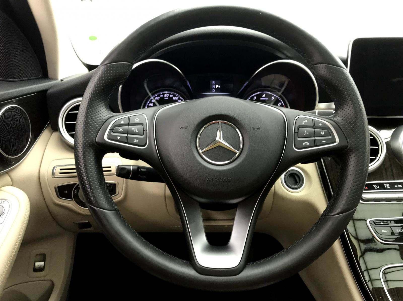 used Mercedes-Benz C-Class 2016 vin: 55SWF4JB8GU161917