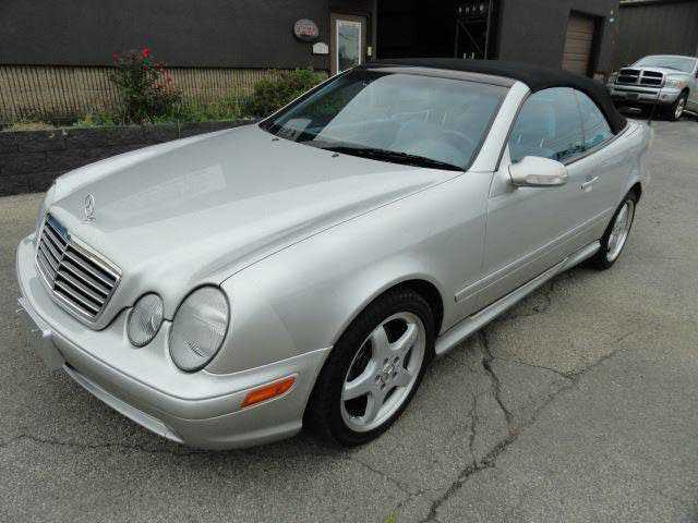 used Mercedes-Benz CLK-Class 2003 vin: WDBLK70G03T129791
