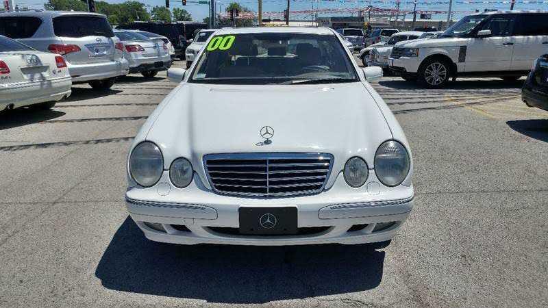 Mercedes-Benz E-Class 2000 $3990.00 incacar.com