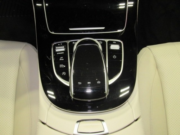 Mercedes-Benz E-Class 2017 $51801.00 incacar.com