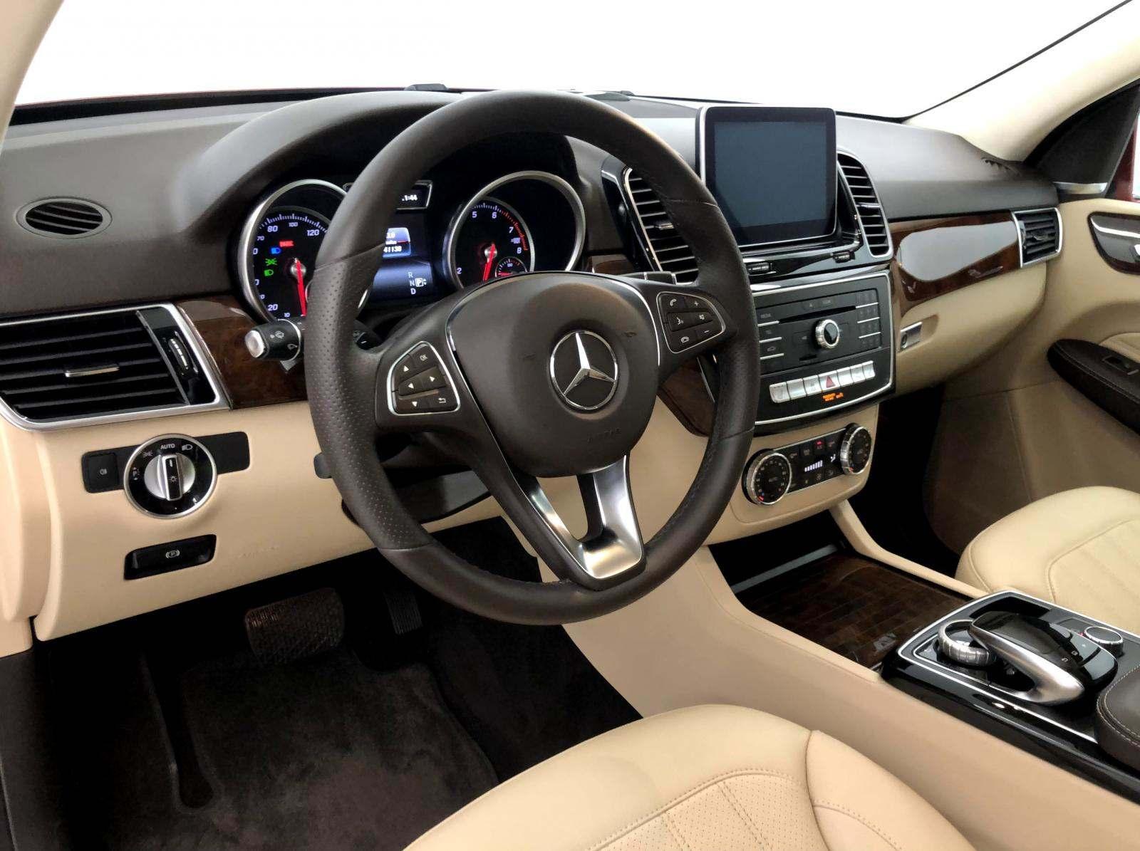 used Mercedes-Benz GLE-Class 2016 vin: 4JGDA5JB8GA667944