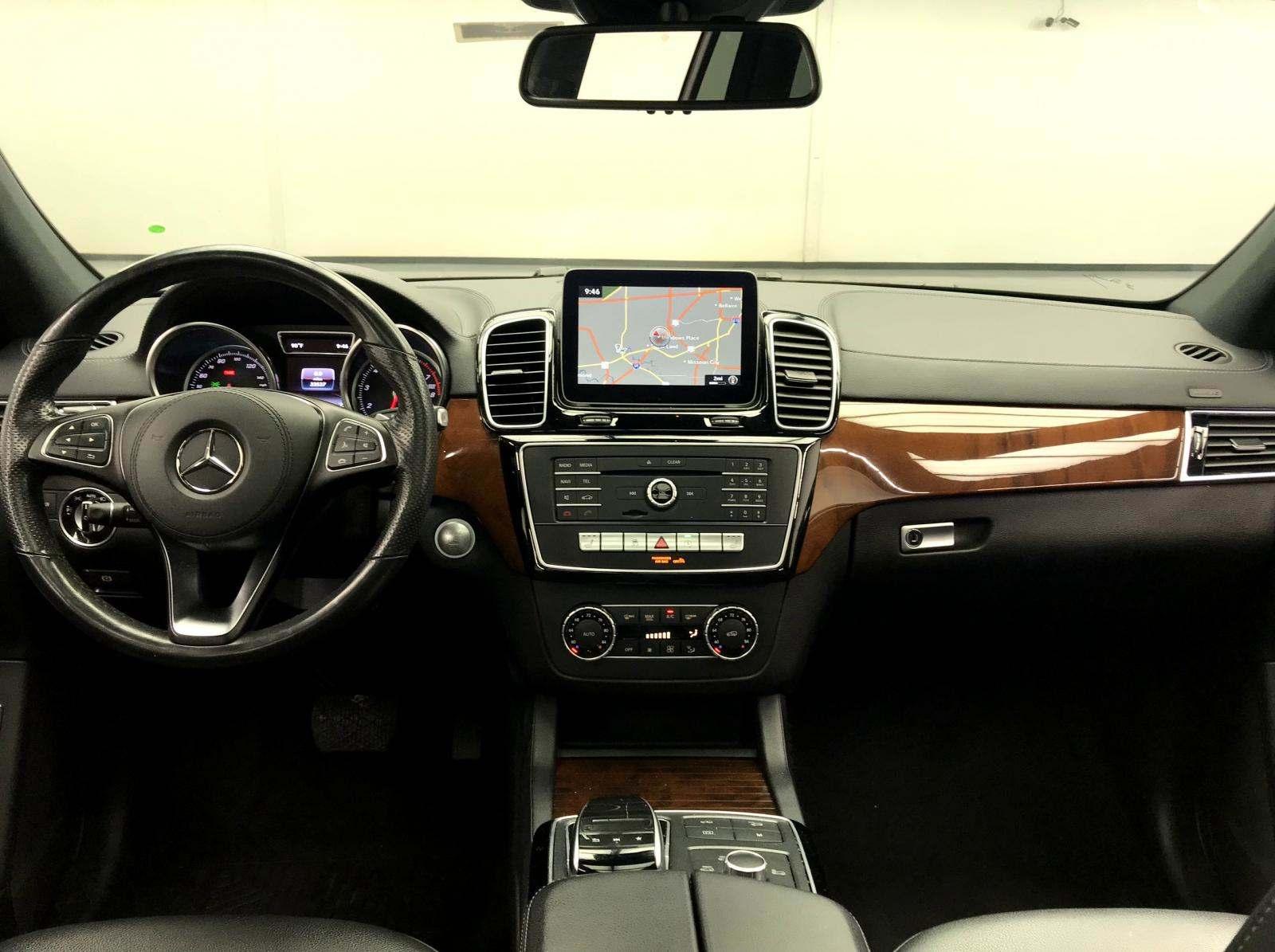 used Mercedes-Benz GLS 2018 vin: 4JGDF6EE5JB052846