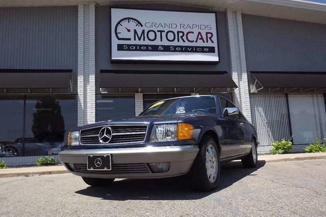 Mercedes-Benz SL-Class 1982 $11900.00 incacar.com