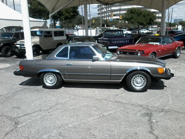 Mercedes-Benz SL-Class 1983 $8995.00 incacar.com