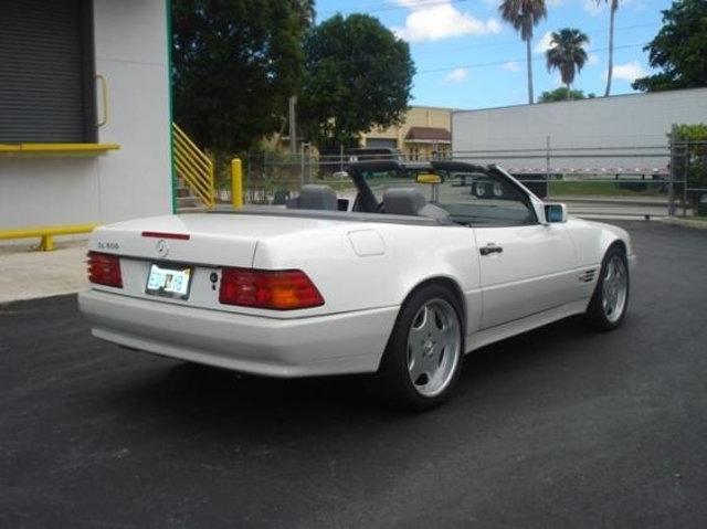 Mercedes-Benz SL-Class 1995 $27900.00 incacar.com
