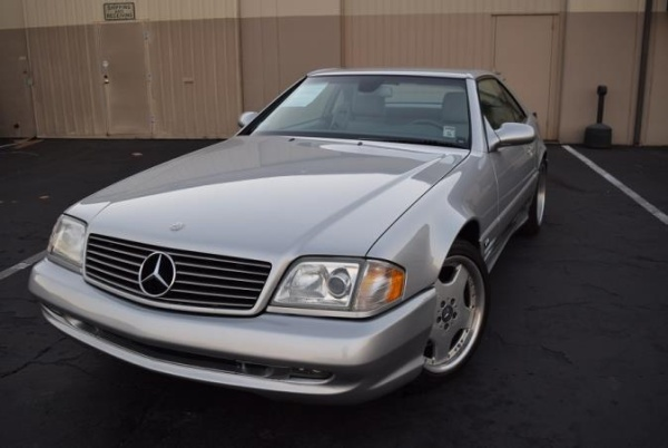 Mercedes-Benz SL-Class 2001 $19888.00 incacar.com