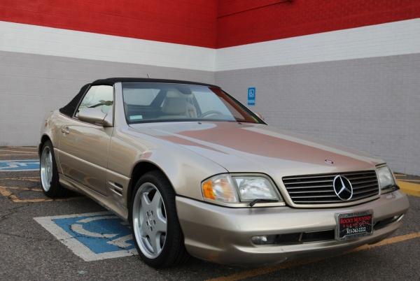 Mercedes-Benz SL-Class 2002 $19500.00 incacar.com