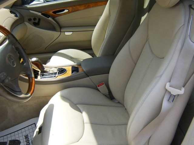 Mercedes-Benz SL-Class 2003 $12999.00 incacar.com