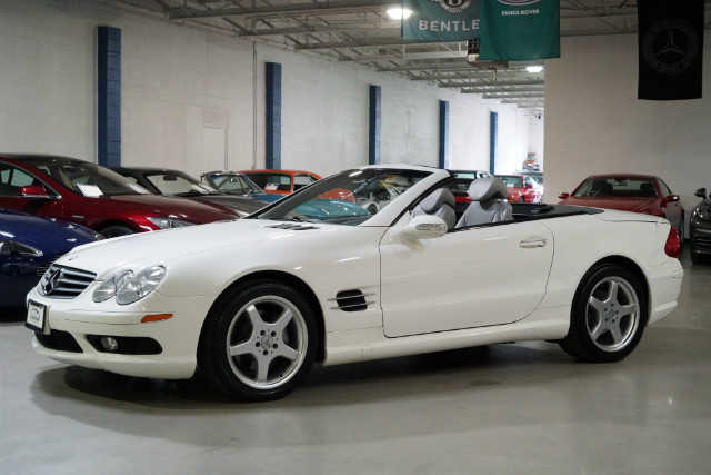 Mercedes-Benz SL-Class 2003 $20988.00 incacar.com