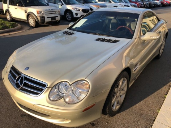 Mercedes-Benz SL-Class 2003 $15900.00 incacar.com