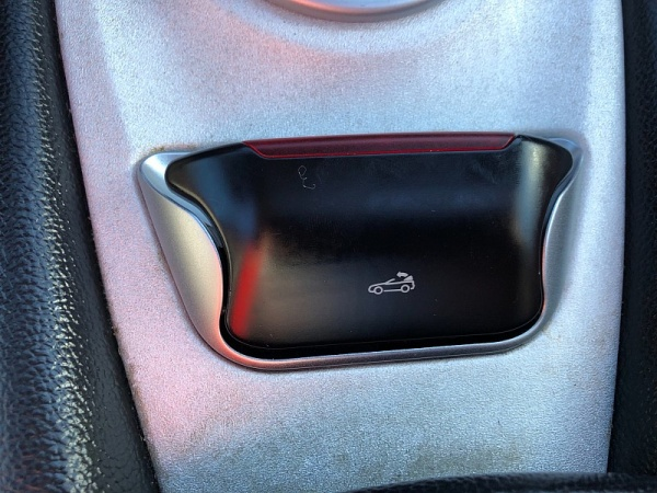 Mercedes-Benz SL-Class 2003 $19998.00 incacar.com