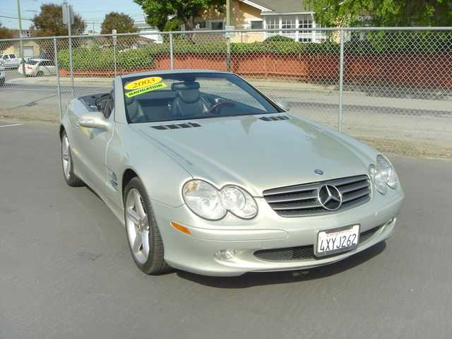 Mercedes-Benz SL-Class 2003 $11800.00 incacar.com