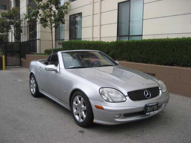 Mercedes-Benz SLK-Class 2001 $5995.00 incacar.com