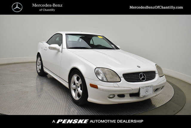 Mercedes-Benz SLK-Class 2001 $6500.00 incacar.com
