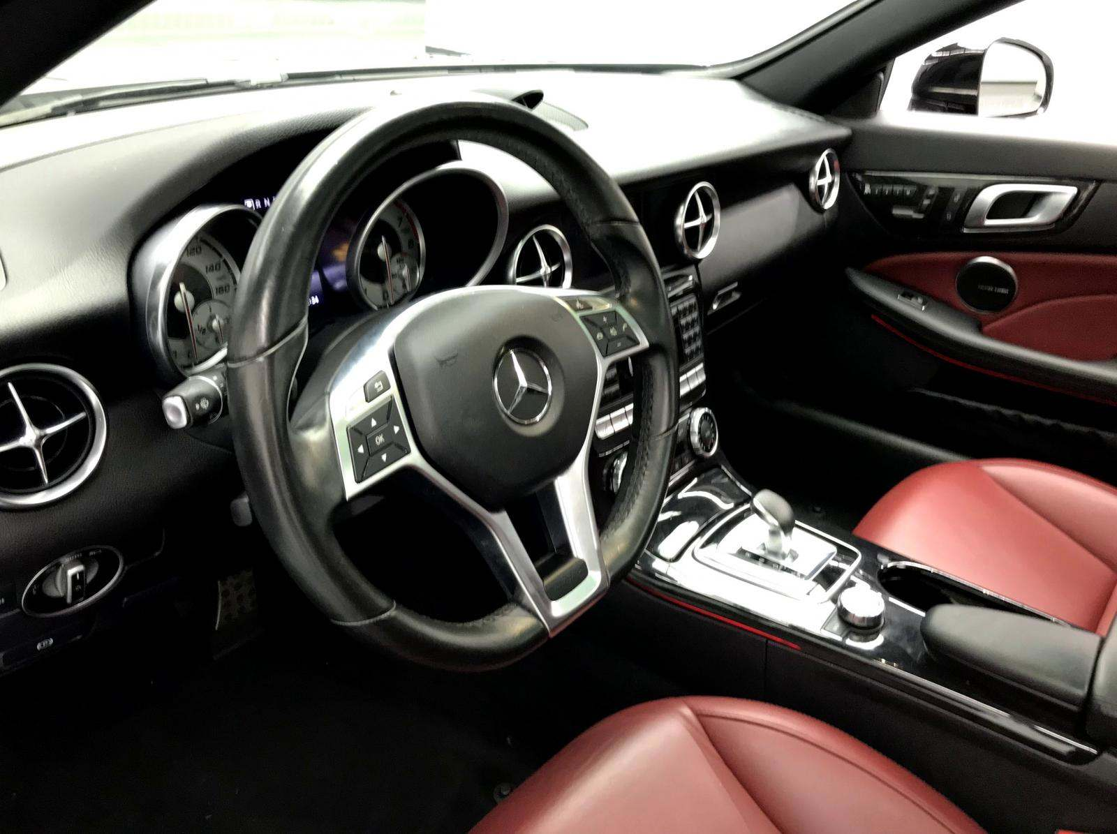 used Mercedes-Benz SLK-Class 2016 vin: WDDPK3JA4GF122259