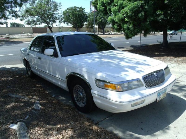 Mercury Grand Marquis 1997 $1995.00 incacar.com