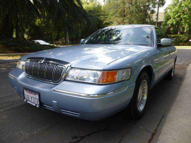 Mercury Grand Marquis 2001 $4995.00 incacar.com
