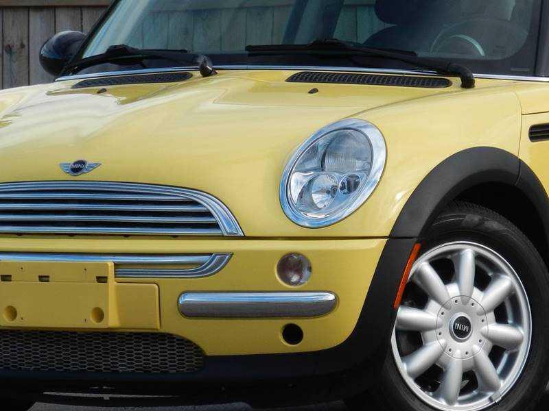 Mini Cooper 2003 $5495.00 incacar.com