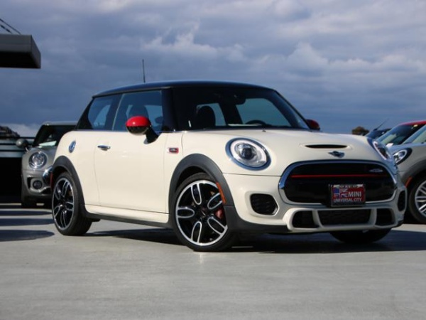 Mini Cooper 2016 $23685.00 incacar.com