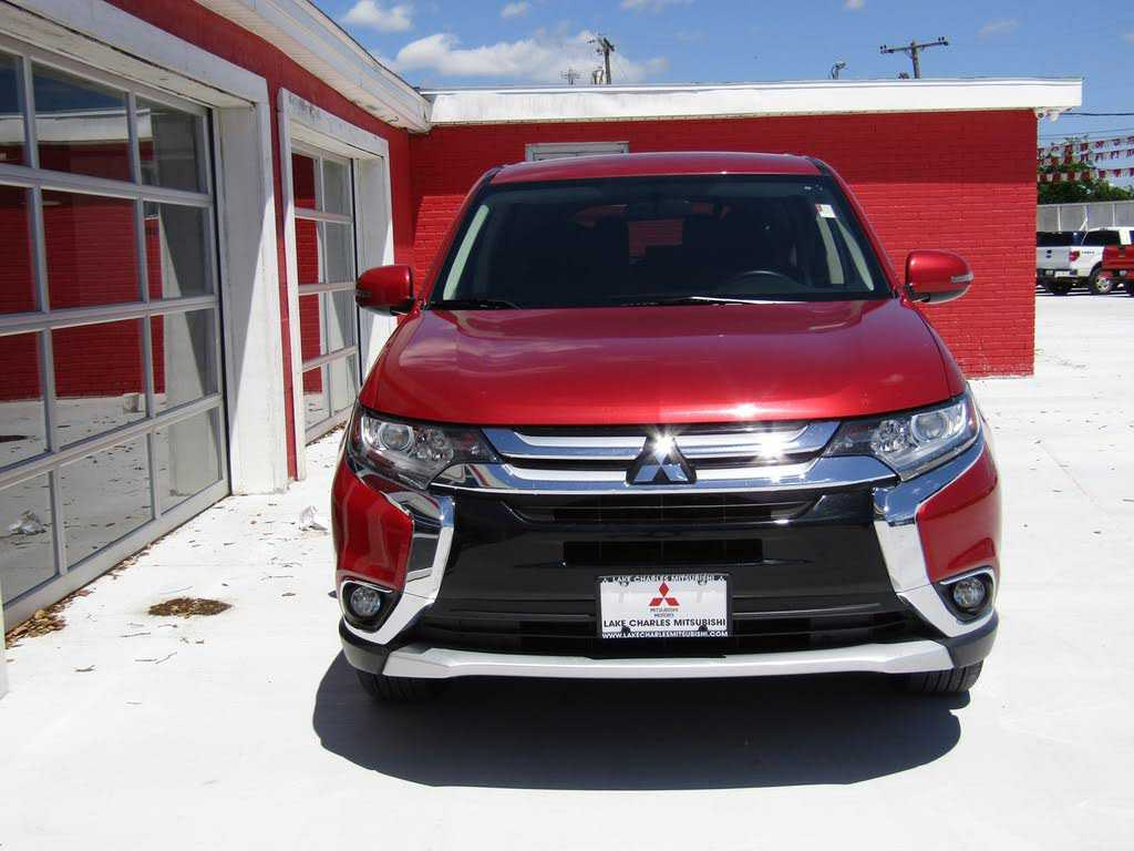 Mitsubishi Outlander 2018 $18495.00 incacar.com