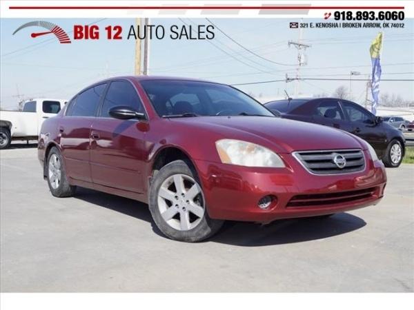 Nissan Altima 2002 $3000.00 incacar.com
