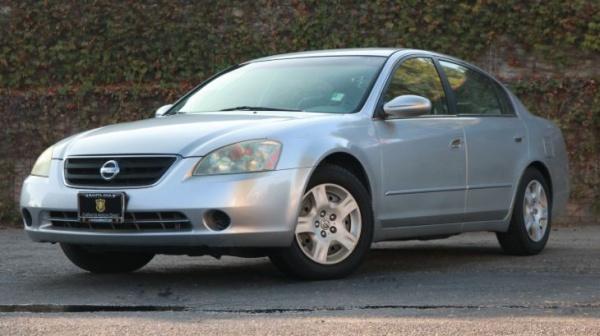 Nissan Altima 2002 $5599.00 incacar.com