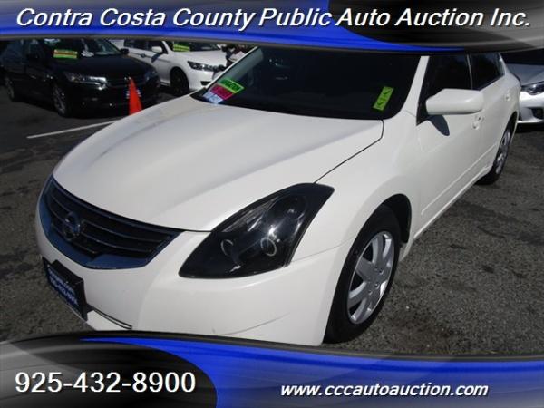 Nissan Altima 2011 $3960.00 incacar.com