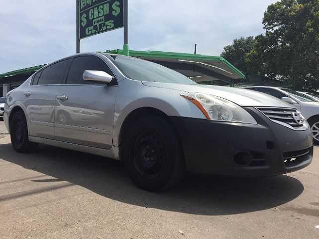 Nissan Altima 2012 $2750.00 incacar.com