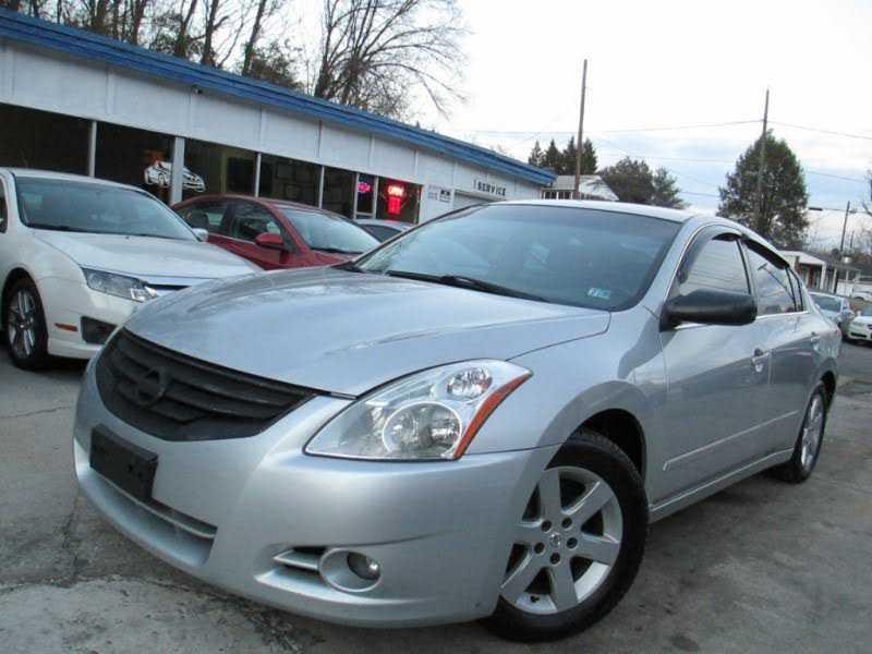 Nissan Altima 2012 $4500.00 incacar.com