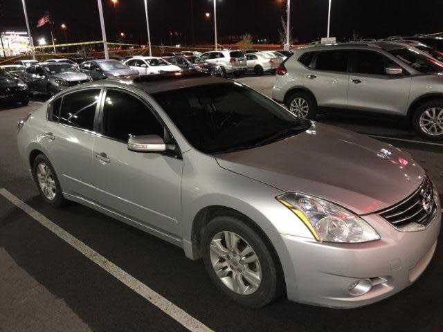 Nissan Altima 2012 $6500.00 incacar.com