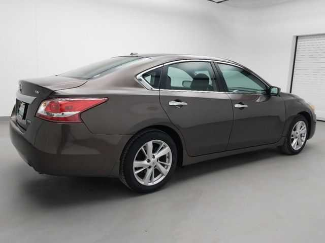 Nissan Altima 2013 $12495.00 incacar.com