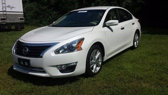 Nissan Altima 2013 $12995.00 incacar.com