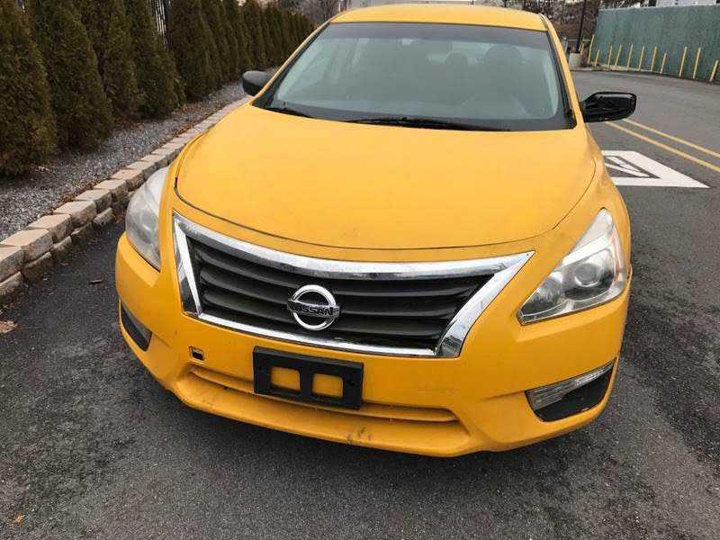 Nissan Altima 2013 $2950.00 incacar.com