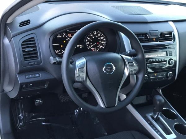 Nissan Altima 2014 $6995.00 incacar.com