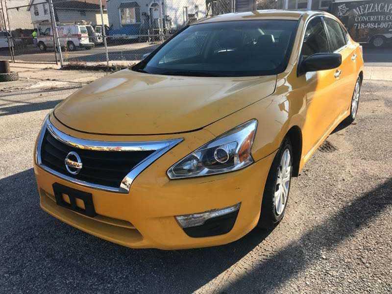 Nissan Altima 2014 $3400.00 incacar.com