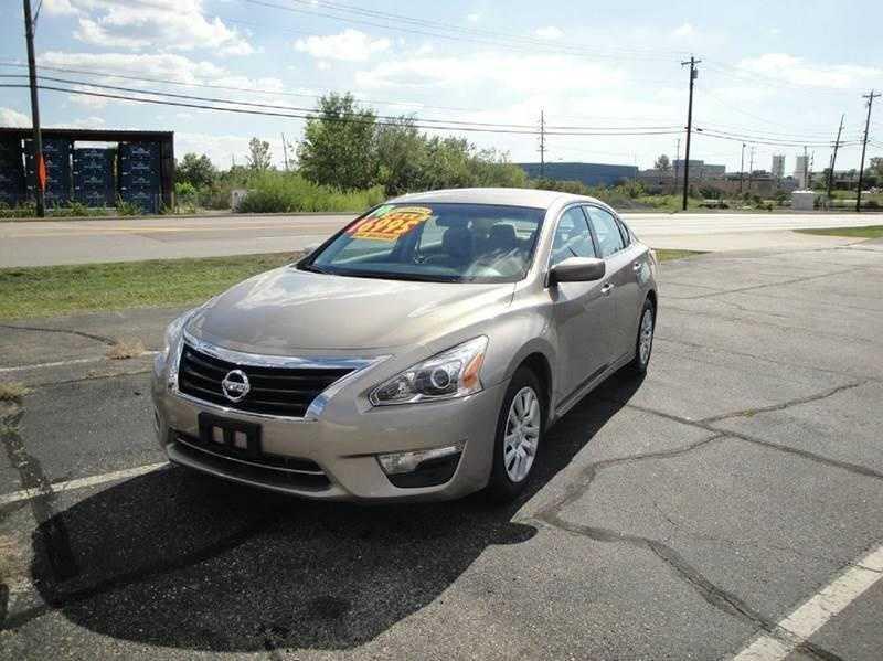 Nissan Altima 2014 $13995.00 incacar.com
