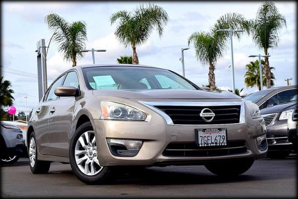 Nissan Altima 2014 $7999.00 incacar.com