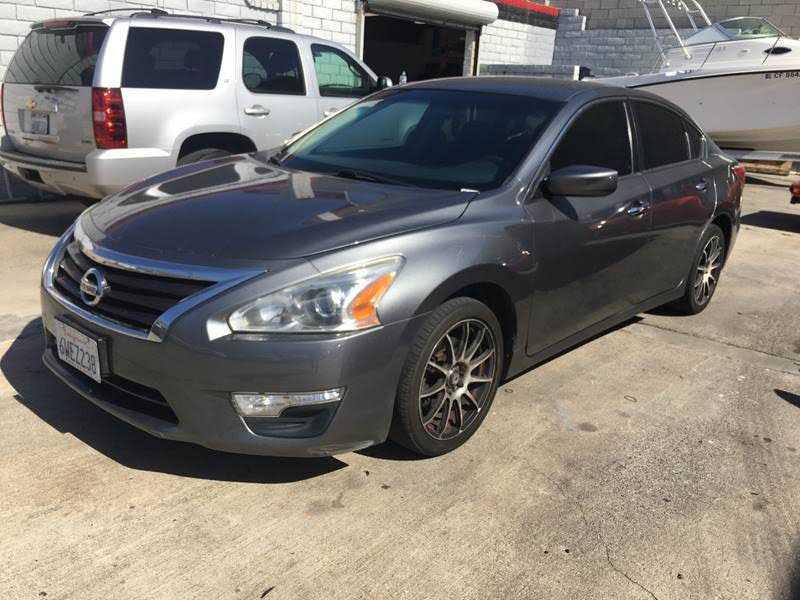 Nissan Altima 2015 $5950.00 incacar.com
