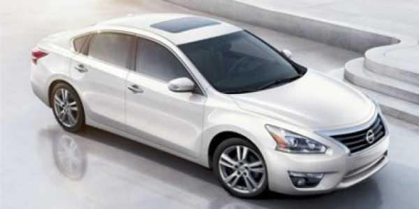 Nissan Altima 2015 $6305.00 incacar.com