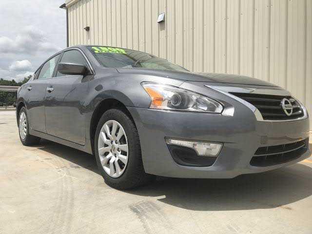 Nissan Altima 2015 $9995.00 incacar.com