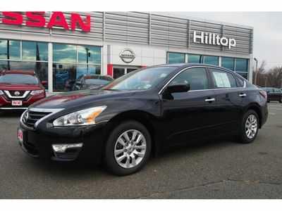 Nissan Altima 2015 $14585.00 incacar.com