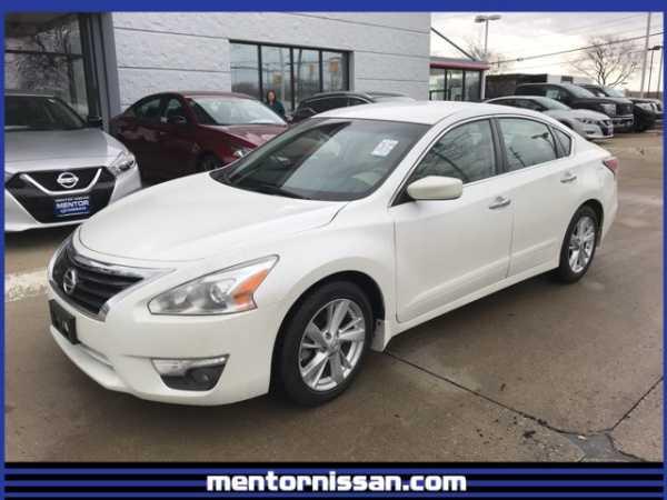 Nissan Altima 2015 $13995.00 incacar.com