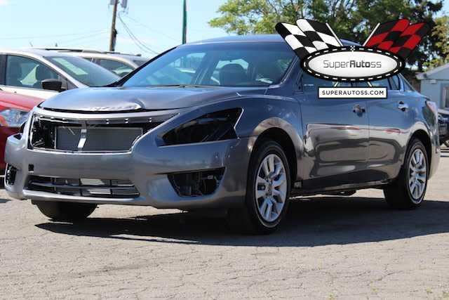 Nissan Altima 2015 $3950.00 incacar.com