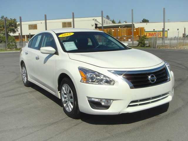 Nissan Altima 2015 $10800.00 incacar.com